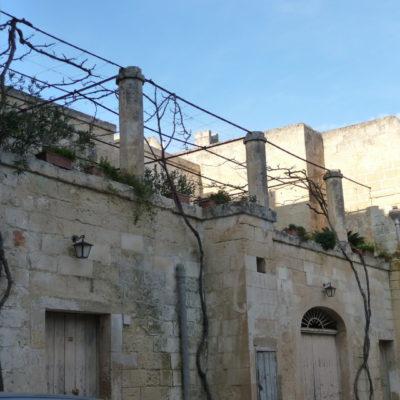 Borgagne Castello Petraroli